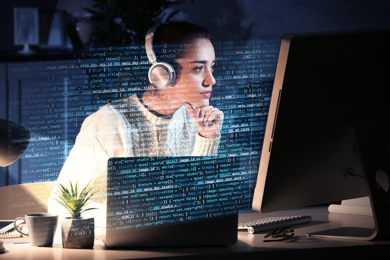 Mujeres y Tecnología, rompiendo estereotipos