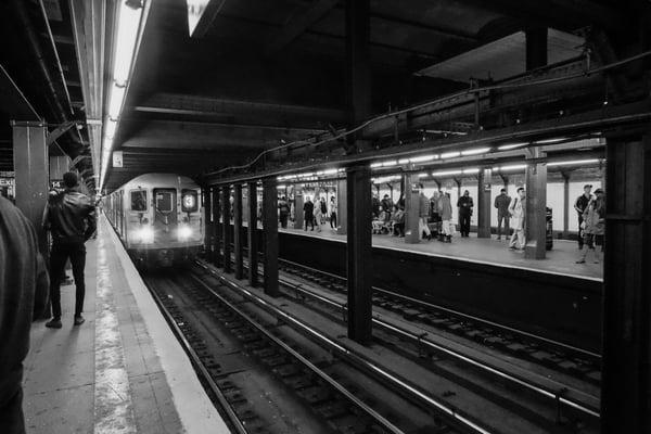 Parada-metro-generacion-x
