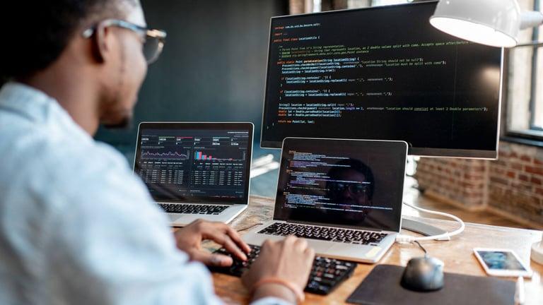 Full stack developer: el perfil más valorado y con mejor porvenir en el mundo del desarrollo